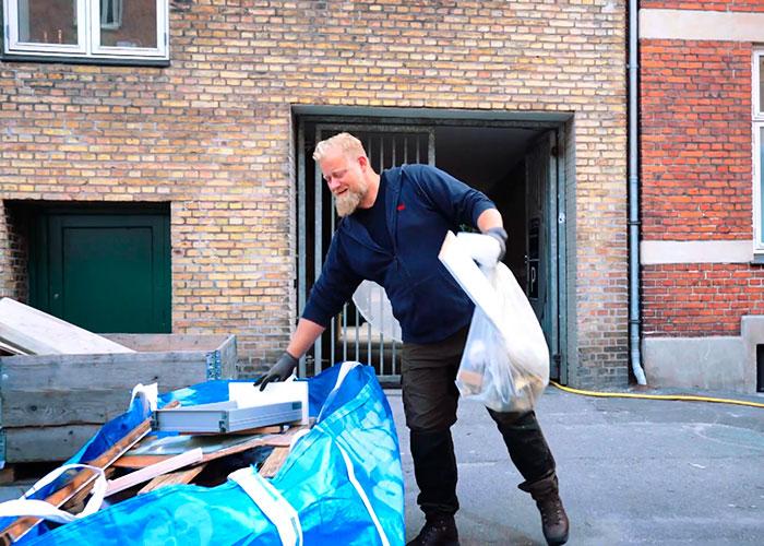 Abfall-Entsorgung mit Junkbags